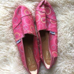 Tom girl's glittery Pink Slip on Shoes